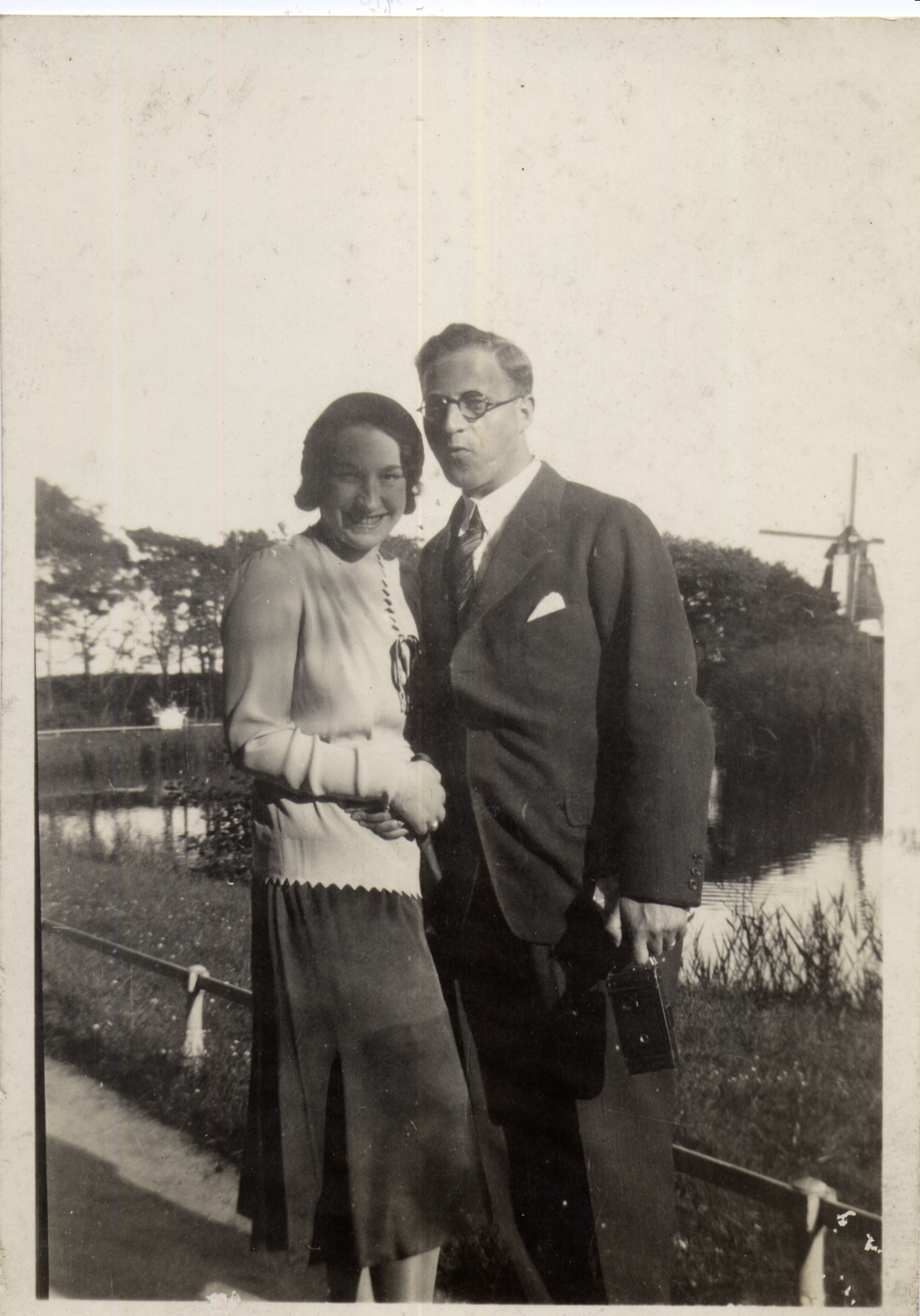 Hugo-and-Gerda-Windmueller-1930