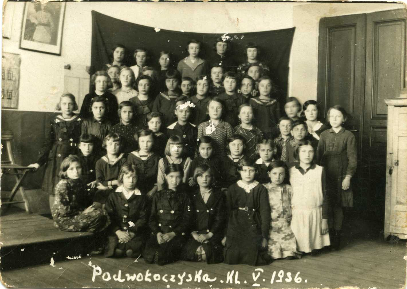Ida Joel (second row, third from the left) class photo, 1936