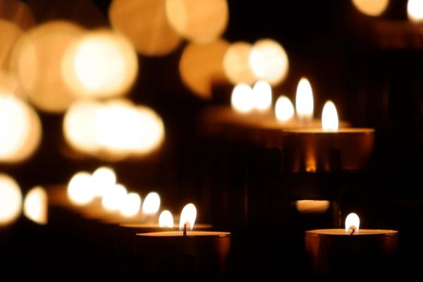 blurred-bokeh-candle-225073